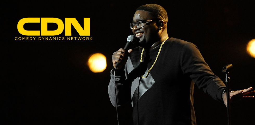 Lil Rel Howery performing standup